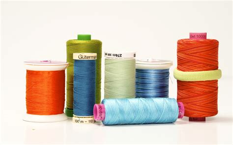 Best Machine Quilting Thread by The Thick And Thin Of Thread Quilts By Jen