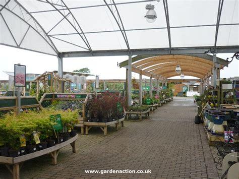 dobbies garden centre stirling