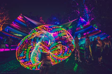 environmentally friendly glow in the paint 6 eco friendly alternatives to glow sticks everfest