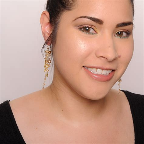 Becca Skin Perfektor 1 becca shimmering skin perfectors comparisons swatches application tips