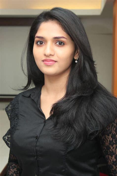 biography of indian film stars sunaina anusha images sunaina anusha pictures