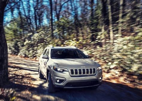 Jeep Grand Update 2020 by 2020 Jeep Grand Redesign Trackhawk Trailhawk