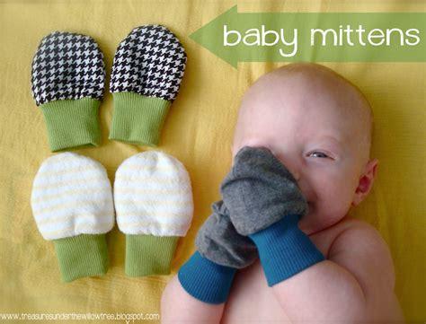 Baby Mittens 1 speckled owl studio tutorial baby mittens