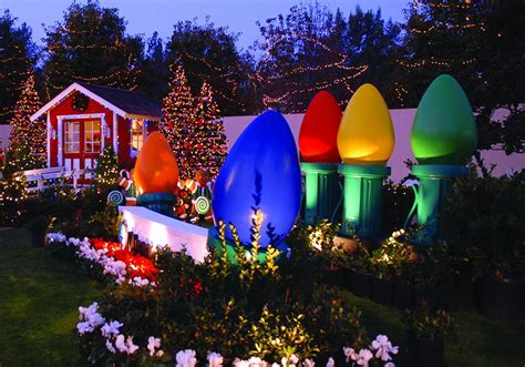 giant fiberglass christmas light bulb commercial