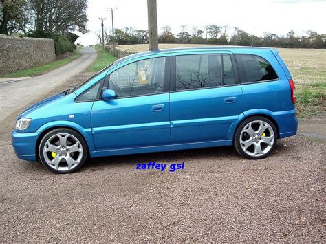 vauxhall zafira gsi car of the month entry