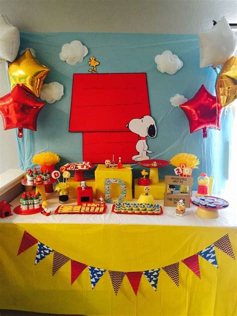 Snoopy Decorations by The 25 Best Ideas About Snoopy Birthday On