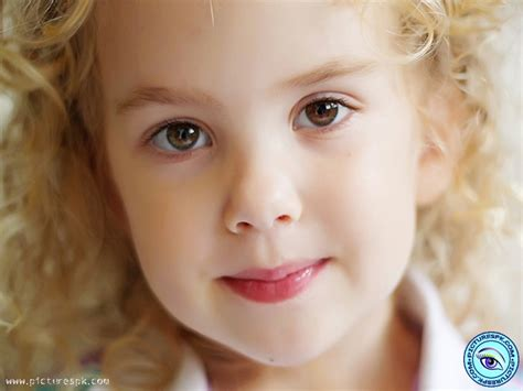cute faces of girls view cute face little girl picture wallpaper in 800x600