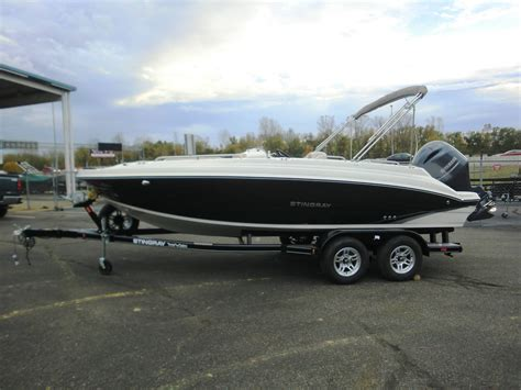 stingray deck boat for sale deck boat stingray boats for sale 4 boats