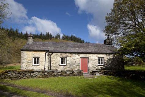 Ty Coch Cottage by At Ty Coch Near Betws Y Coed Gwynedd The