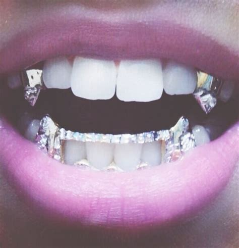 Kaos Horror Addict best 25 teeth ideas on