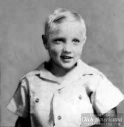Young elvis elvis presley as a child amp teenager click americana