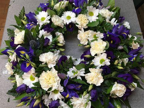 wreaths uk funeral wreaths hertfordshire funeral florist