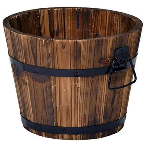 Large Whiskey Barrel Planters by Best 25 Whiskey Barrel Planter Ideas On