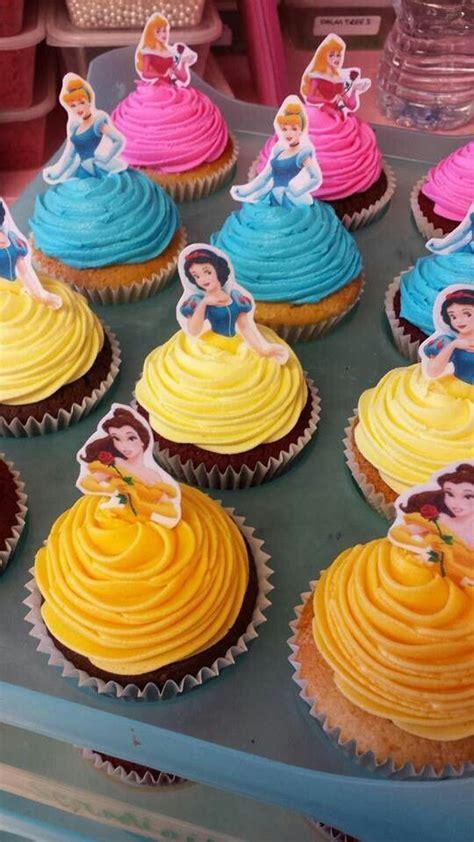 disney princess inspiration colorful delightful cupcake ideas featuring snow