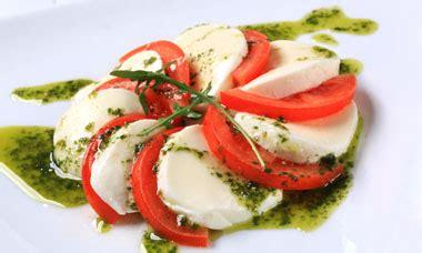Tomate Mozzarella Schön Anrichten by Tomaten Mozzarella Teller Cook It Yourself