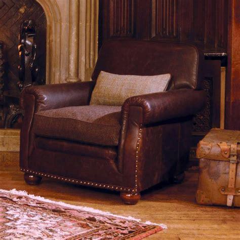 fauteuil anglais en tissu fauteuil anglais stornoway en cuir et tissus longfield 1880