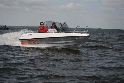best cuddy cabin boats for the money best pocket money powerboats boats
