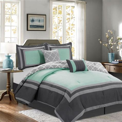 Hotel Style Comforter Sets by 25 Best Ideas About Size Bed Sets On