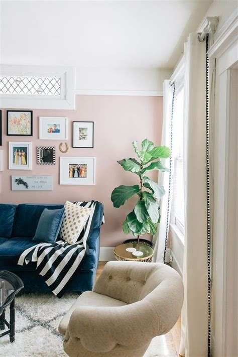 how to decorate a bedroom with pink walls 25 best ideas about pink living rooms on pinterest pink live romantic living room