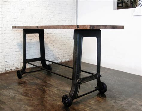 Modern Bar Table V17 Rolling Reclaimed Wood Bar Modern Indoor Pub And Bistro Tables Los Angeles By Likemodern