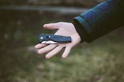 sog flash ii review sog flash ii lightweight edc folding pocket knife review