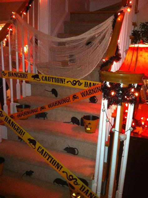 halloween party decoration ideas 19 spooky fun diy ideas to throw a halloween party at