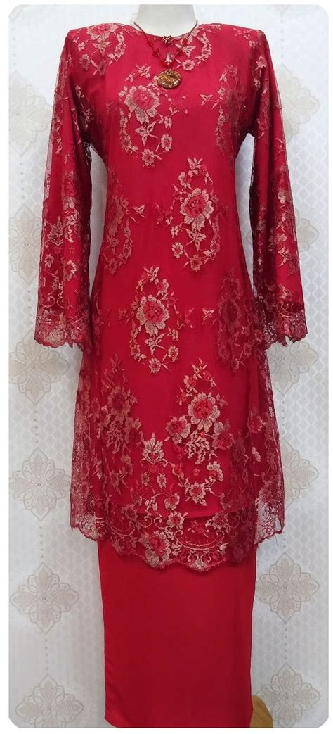 Baju Kebaya 1000 images about kebaya baju kurung on clothing kaftan tops and maxi dresses