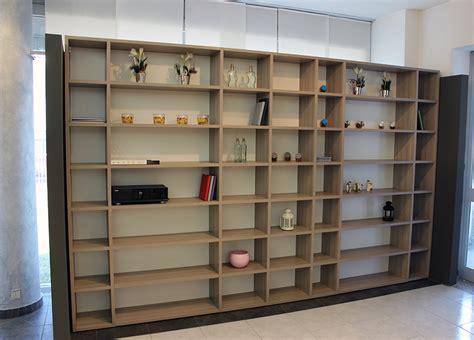 libreria con porta scorrevole libreria con porta scorrevole incorporata letto a