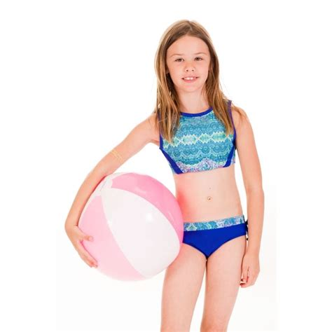 7 Swimsuits For 7 Types by Limeapple Swimwear Cropped Tankini