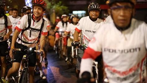 rodalink indonesia night ride rodalink quot sparkling surabaya quot youtube