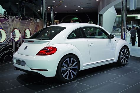 volkswagen bug 2013 new 2013 volkswagen beetle r line pictures and details