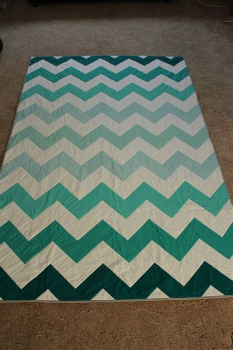Chevron Stripe Quilt Pattern by This Maybe Put A Grey Or Yellow Stripe In It Ombre