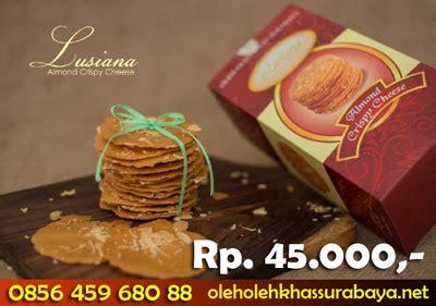 Almond Chrispy Wisata Rasa Surabaya Asli almond crispy di surabaya oleh oleh khas surabayaoleh oleh khas surabaya