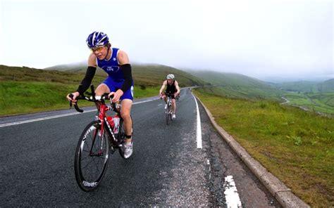 hill triathlon how to pace yourself on the bike leg of a triathlon bike