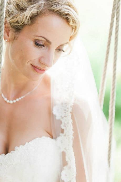 Wedding Hair And Makeup Oxfordshire by Mobile Wedding Hair Oxfordshire Mobile Wedding Hair