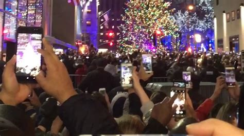 rockefeller center christmas tree lighting 2014