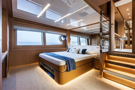 Yacht Interieur Chambre by Riva 88 Florida Interior Yacht Charter Superyacht News