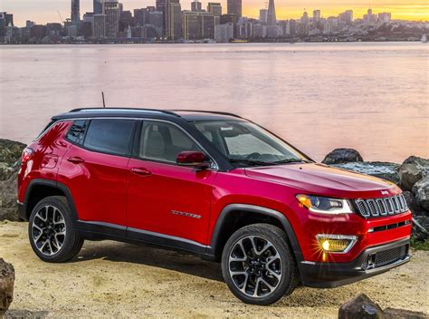 jeep rolls   redesigned compass compact crossover starting   drive