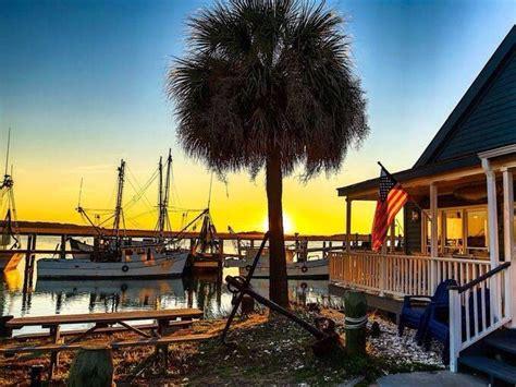 shrimp boat lancaster sc buford beaufort sc dockside restaurant a beautiful atmosphere to