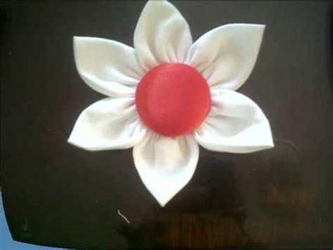 como hacer las flores de alcatras en una carpeta de gancho tutorial como hacer una flor en tela youtube