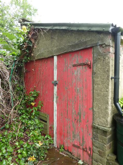 Sheds Bradford by Replace Rotten Wooden Lintel Garage Door Garages