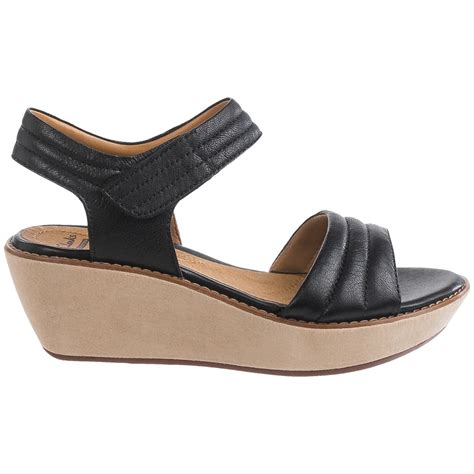 clarks sandals for womens on clearance clarks sandals for womens on clearance 28 images