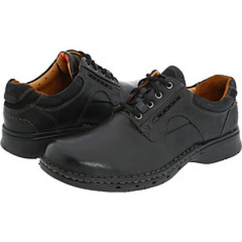 clarks casual shoes for and style