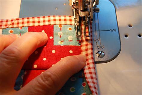 Machine Binding Quilt by A Machine Sewn Binding Bloomin Workshop