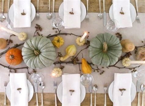 Simple Thanksgiving Table Decorations by Not Your S Thanksgiving Table Decorating Your Small Space
