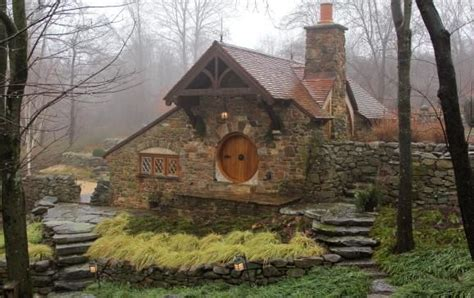 real life hobbit house real life hobbit house in pennsylvania places to go in