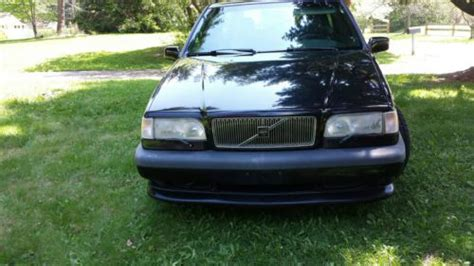purchase   volvo   wagon  door   chagrin falls ohio united states
