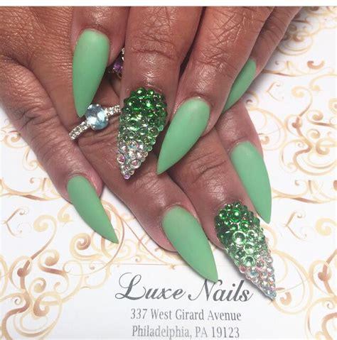 Nail Dazzling Leaf mint matte nails she nail ed it