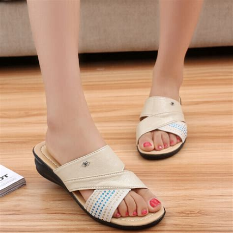 slippers for elderly non slip slippers for elderly 28 images slippers for