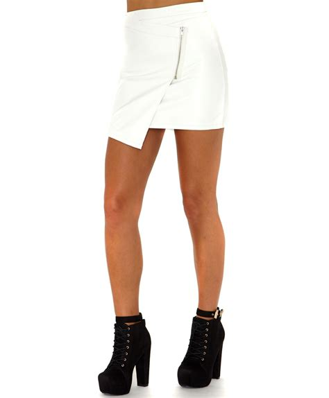 missguided taqara faux leather zip detail mini skirt in